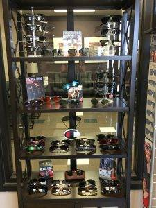 Sunglass display IMG 1197 (002)